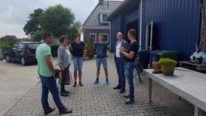 Kollumerpomp bezocht door wethouder Jouke Douwe de Vries