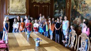 Bonifatiusschool op bezoek in gemeentehuis